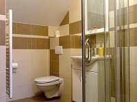 koupelna k šedému pokoji - apartmán k pronajmutí Sedlec u Mikulova