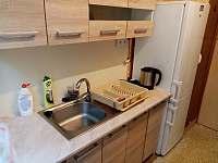 kuchyň - chata k pronajmutí Jedovnice