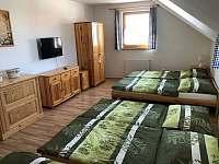 ukázka pokoje v podkroví - chalupa ubytování Přítluky