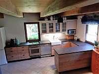 Kuchyň - pronájem chalupy Javorník