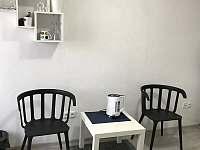 Ubytování v soukromí Alena - pronájem chalupy - 25 Znojmo - Suchohrdly