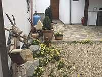 Ubytování v soukromí Alena - chalupa k pronájmu - 10 Znojmo - Suchohrdly
