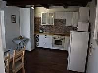 Pohled do kuchyně - Týnec u Břeclavi