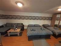 Apartmán LauMar 2 - obývací část + ložnice - ubytování Bzenec
