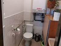WC - samstatné - chalupa k pronájmu Ratíškovice