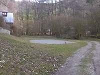 Pohled na hřiště v zimě