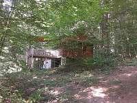 Pohled od dětského hřiště 2