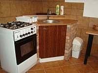 Kuchyň. - chalupa k pronajmutí Vracov