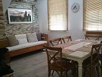 Jídelna - rustikální apartmán