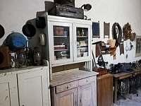 výstava původního zařízení - pronájem rekreačního domu Mikulov