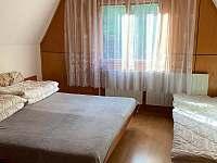 Ložnice - 3 postele - pronájem chaty Tvarožná Lhota - Lučina