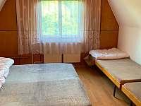 Ložnice - 4 postele - chata k pronájmu Tvarožná Lhota - Lučina