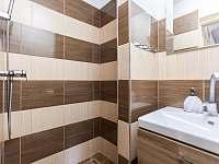 Koupelna - apartmán k pronajmutí Kurdějov