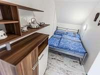 Ložnice II. 2+1+2 - apartmán k pronájmu Kurdějov