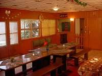 spol. místnost - chata ubytování Ochoz u Brna