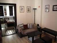 chalupa 2 hlavní místnost