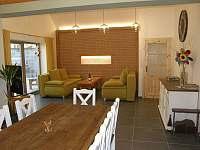 Penzion Vinařství Burian Bavory - Obývací pokoj_I -