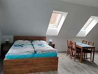 Dům 47 - modrý apartmán - Lukov