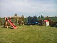 Dětský koutek - chatky ubytování Strachotín