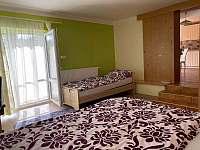 Pokoj s televizí (3 postele ,možnost přistýlky) - apartmán ubytování Uherské Hradiště