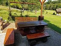 GOLD VALLEY - pergola a výhled do okolí - chata ubytování Hostěnice