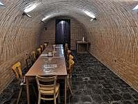 Vinný sklípek s posezením - chata ubytování Mutěnice