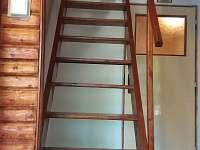 schodiště - chata k pronájmu Pístovice