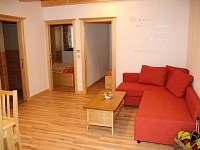 Pohled na obývací část - apartmán ubytování Dolní Dunajovice