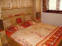 Pokoj č. 2  každého apartmánu