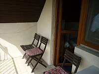 Posezení na balkóně s krásným výhledem