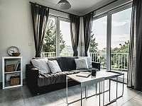 Ubytování na Lontu - obývací část - apartmán k pronajmutí Němčičky