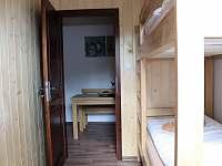 pohled z pokoje v apartmánu č. 4 - pronájem chalupy Petrovice