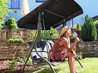 Zahradní pohodička - pronájem vily Blatnička