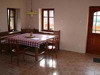 Obytná kuchyně - apartmán k pronájmu Chodeč - Vysoká u Mělníka - Kokořínsko