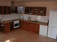 Obytná kuchyně - pronájem apartmánu Chodeč - Vysoká u Mělníka - Kokořínsko