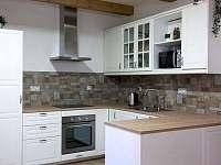 kuchyň - chalupa k pronajmutí Jestřebice