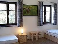 ložnice - chalupa k pronájmu Jestřebice