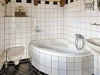 koupelna apartmánu Mácha - Korce