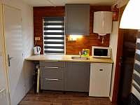 Kuchyňská linka - chata ubytování Doksy - Staré Splavy