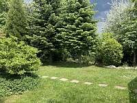 Zahrada - pronájem apartmánu Doksy - Obora