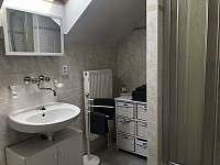 Koupelna s vanou a sprchovým koutem 1.patro - Doksy