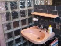 Apartmán přízemí WC,sprcha - k pronajmutí Doksy