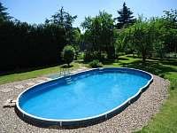 Venkovní bazén - apartmán ubytování Doksy