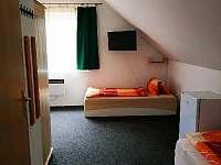 Pokoj č. 2 (4 lůžka) v 1. patře - chata ubytování Staré Splavy