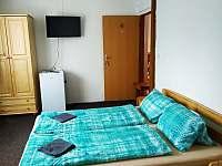 Pokoj č. 4 (2 lůžka) v 1. patře - chata k pronájmu Staré Splavy
