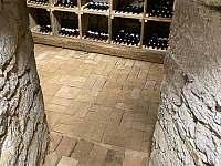 Vinný sklep - Jestřebí - Újezd