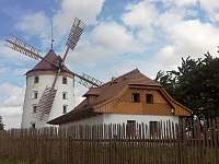 Vrátenský Větrák v okolí - Boreč
