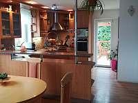 Kuchyně - rekreační dům k pronájmu Doksy