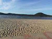Máchovo jezero Hlavní pláž - Doksy