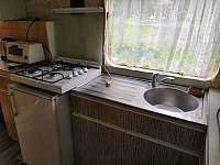 Kuchyňka - chata k pronajmutí Bezděz